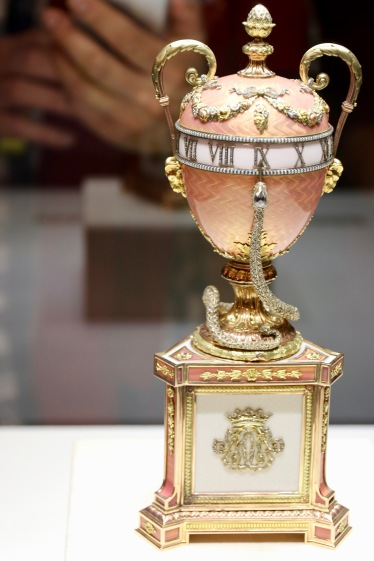 The Duchess of Marlborough Egg, 1902 - the snake's head is pointing to the time