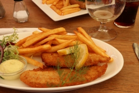 Fish and chips with remoulade
