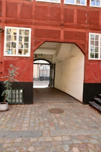 Driveway through to the street - note the wood panels - Copenhagen