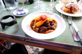 Mijote de beouf -Beef cooked with stewed vegetables - Bel's choice