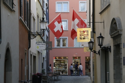 A beautiful Swiss alleyway in Zurich