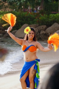 Gorgeous dancers at Paradise Cove